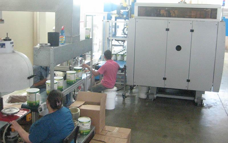Machine Producing IML 1 US Gallon